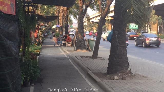 motor-x-bike-lane-3